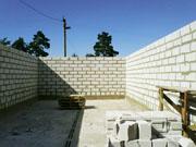 Кладка из пористобетонных строительных блоков