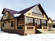 Теплый фасад загородного дома
